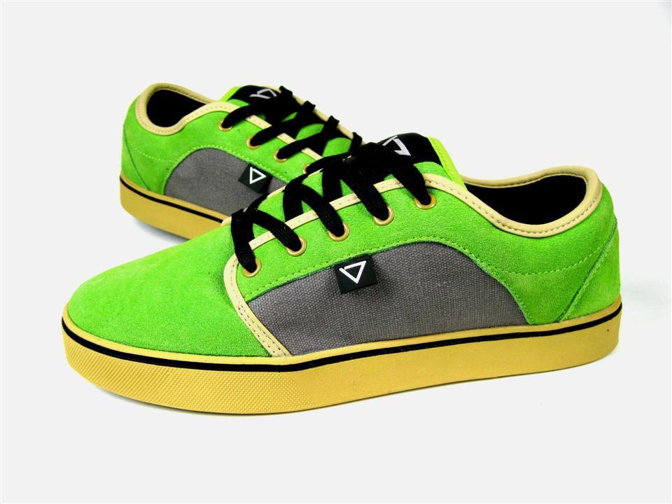 BENT GREEN-GREY-GUM